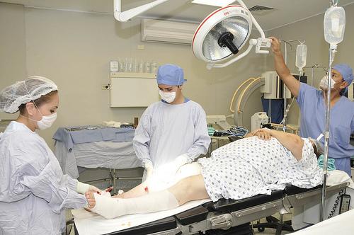 El promedio de estancia en el CHMH es de 2.9 días, a efecto de evitar riesgos para el paciente.